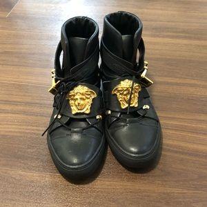 versace medusa head sneakers